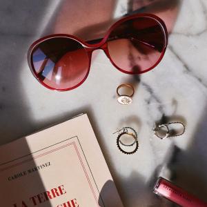 Caroline Abram at home: Tentez de gagner une lunette de soleil
